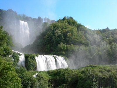 ttg travel experience umbria falls in love archeofantasia cascata delle marmore domenica di carta