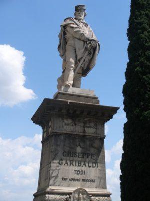 todi e giuseppe garibaldi monumento a garibaldi todi