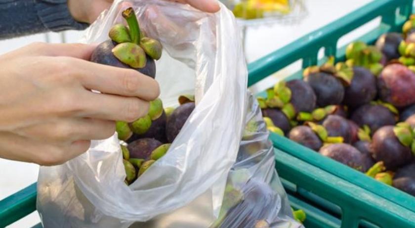 sacchetti frutta natura in tavola