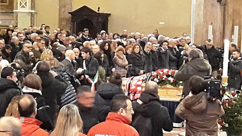 funerale leonardo cenci