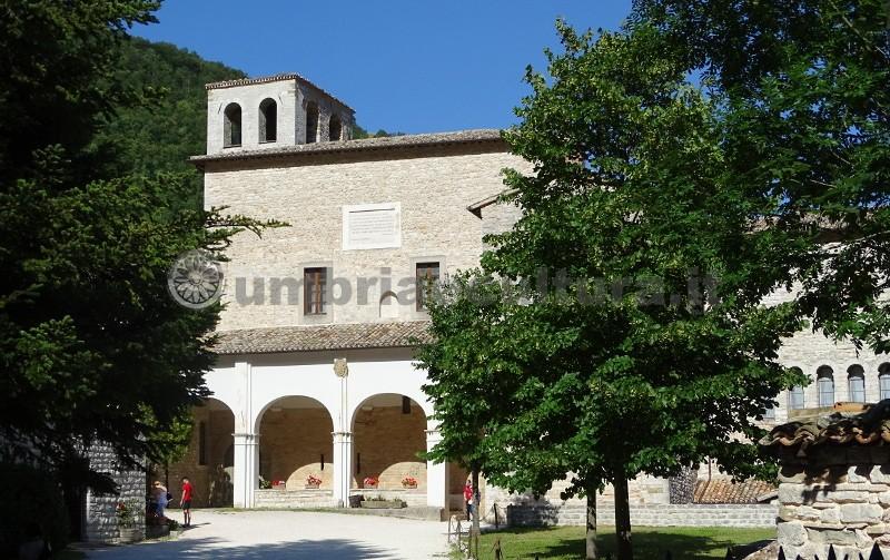 monastery of the holy cross fonte avellana